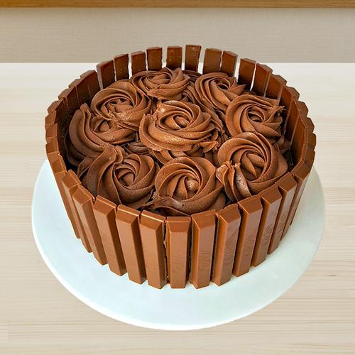 Kitkat fudge cake 1478769856