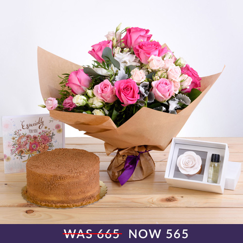 Precious Floral Package with Scented Oils, Lotus Cake and Premium Card